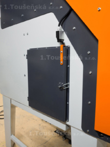 supplementary door for cabinets with electrically up sliding door