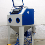 supplementary equipment for a sandblasting machine