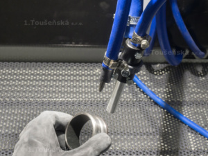 nozzle holder use during blasting process